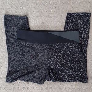Nike Dri Fit Capri Workout Leggings